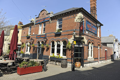 1-view-of-pub-right3